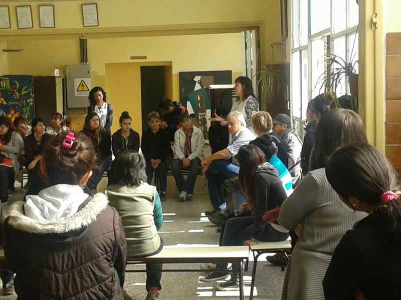 LA COMUNIDAD EDUCATIVA DE LA ESCUELA 136 SOLICIT� LA INTERVENCION DEL DEFENSOR DEL PUEBLO